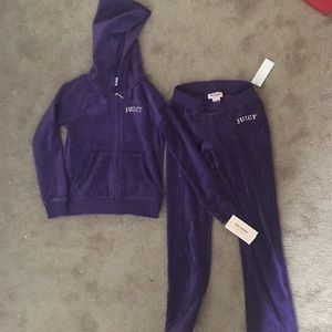 NWT Girls Size 7 juicy couture outfit!